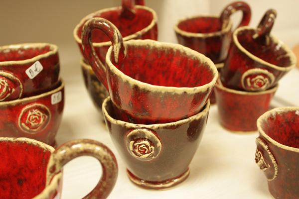 Tausendschön Keramik Tassen