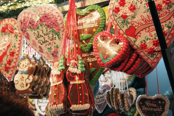 Weihnachtsmarkt Leipzig Lebkuchenherzen