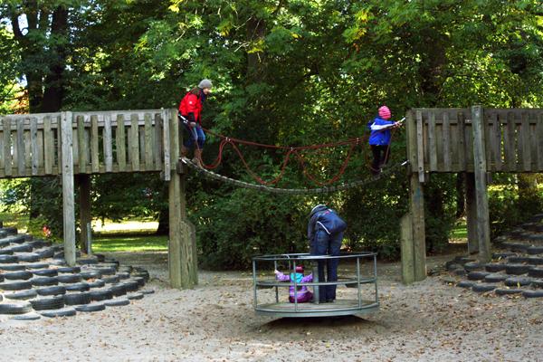 Clara-Zetkin-Park Spielplatz