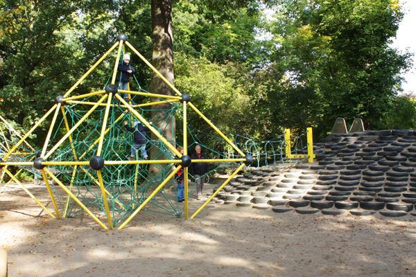 Spielplatz Leipzig Clara-Zetkin-Park