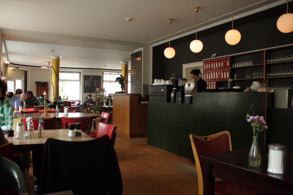 Pilot Leipzig Restaurant Szenekneipe