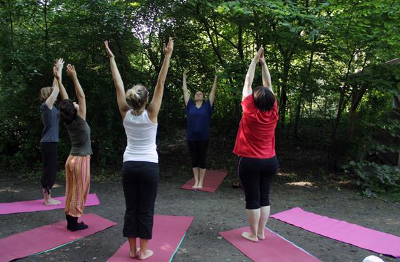 Yoga draußen leipzig Stadtgarten Connewitz