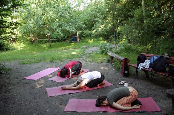 Yoga im Stadtgarten leipzig connewitz