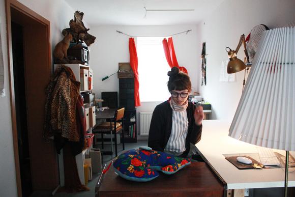 Der Kazimir Büro Vanessa