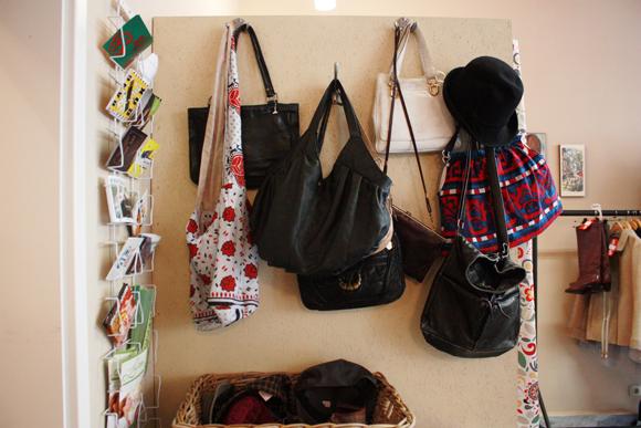 Garderobe leipzig taschen