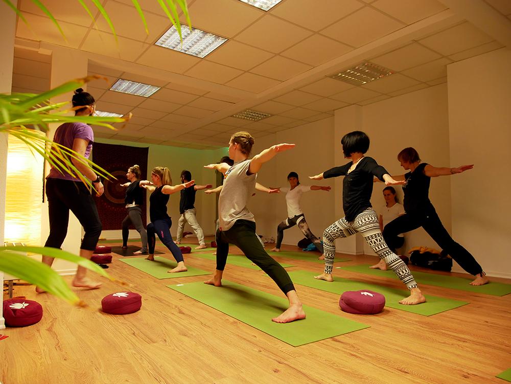 element yoga krieger
