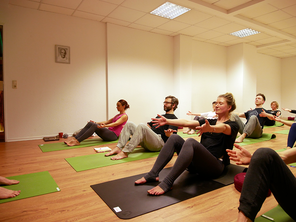 element yoga kurs leipzig