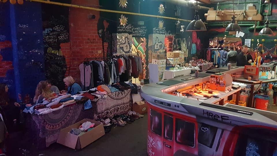 Flohmarkt Damenhandschuhfabrik