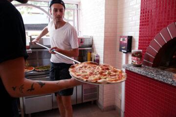 rote soße pizzeria in leipzig